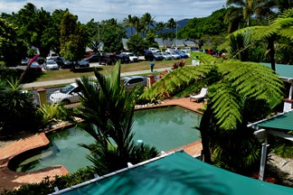ocean view accommodation cairns
